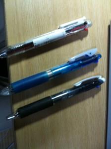 3つの3色ペン